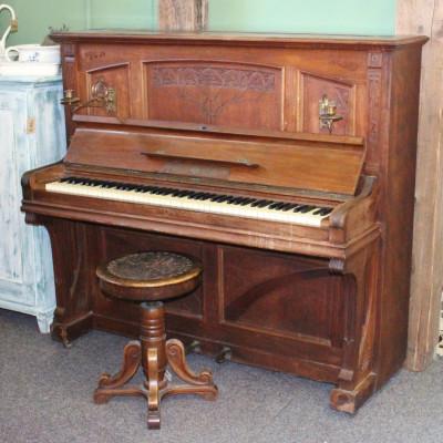 Piano Gustaf Rösler