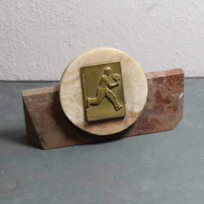 Tenisová trofej težítko Mramor mosaz