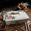 Porcelánová dóza