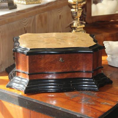 Pseudobarokní kazeta