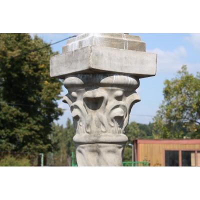 Sloup - umělý kámen s patinou